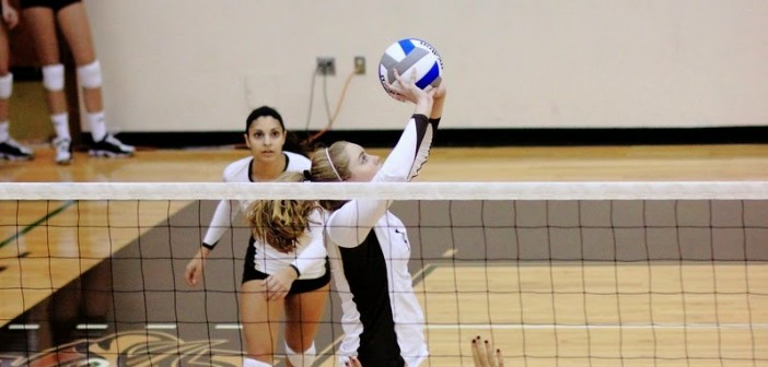 Volleyball impresses with two more close wins