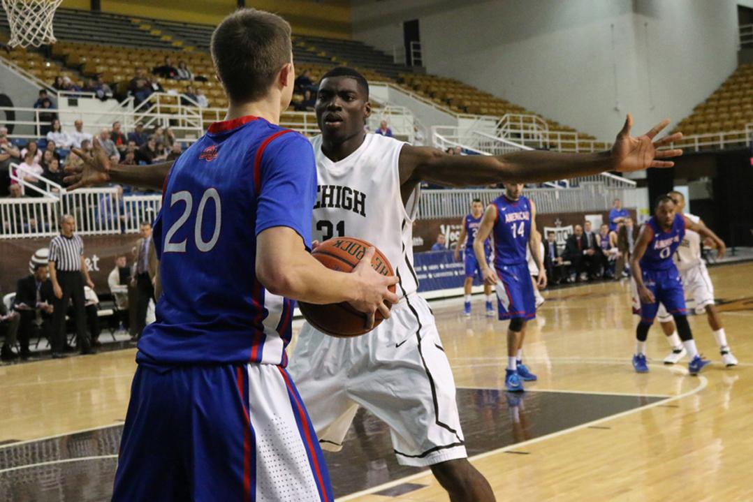 20150305_Lehigh_Mens_Basketbal_American_019