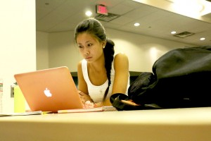 Jeanne Tong, '17, studies in the Center for Innovation in Teaching and Learning (CITL) in Fairchild-Martindale Library on Wednesday, Sept. 9, 2015. The CITL offers multiple work stations including a seminar room available for student use. (Nadine Elsayed/B&W photo)