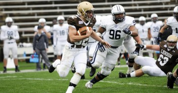 Freshman running back Dominick Bragalone runs the ball in a game against Yale University on Saturday, Oct. 3, 2015 at Goodman Stadium. Bragalone rushed for 107 yards in Lehigh's win over Bucknell University. (Austin Vitelli/B&W Photo)