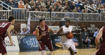 Lehigh men's basketball takes down Lafayette 75-68
