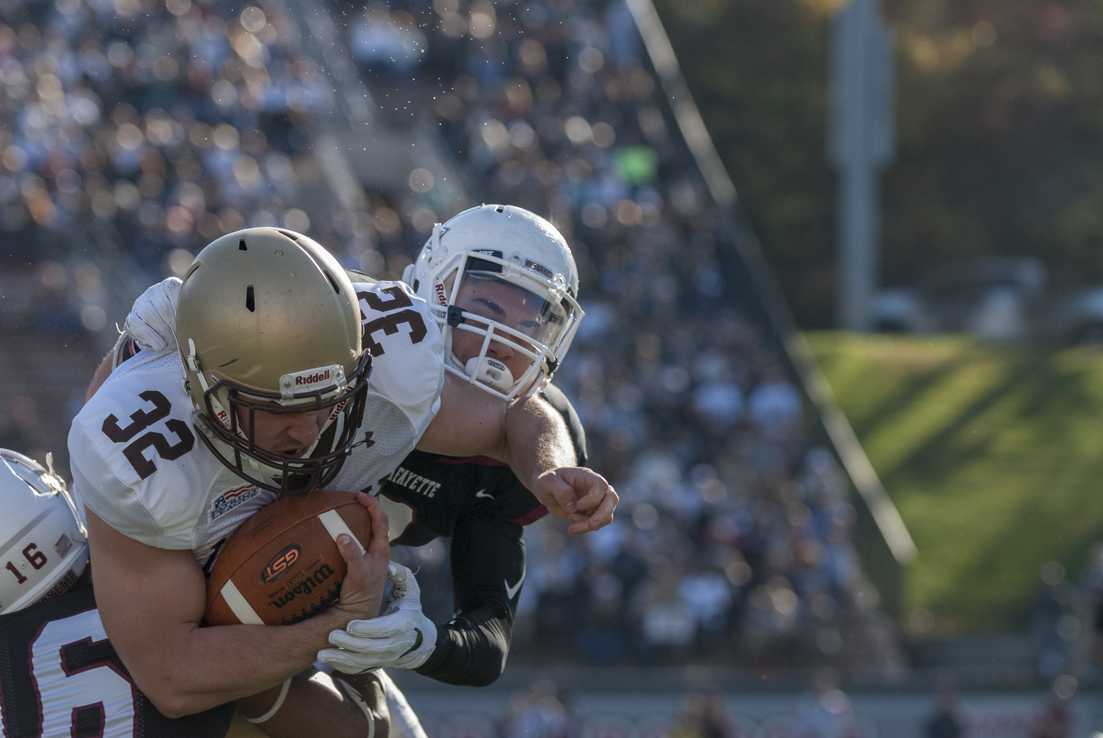 Sophomore running back Dom Bragalone powers through Lafayette defenders on Saturday, Nov. 19, 2016, in Fisher Stadium. Bragalone had 110 rushing yards and a touchdown in Lehigh's win Saturday. (Roshan Giyanani/B&W Staff)