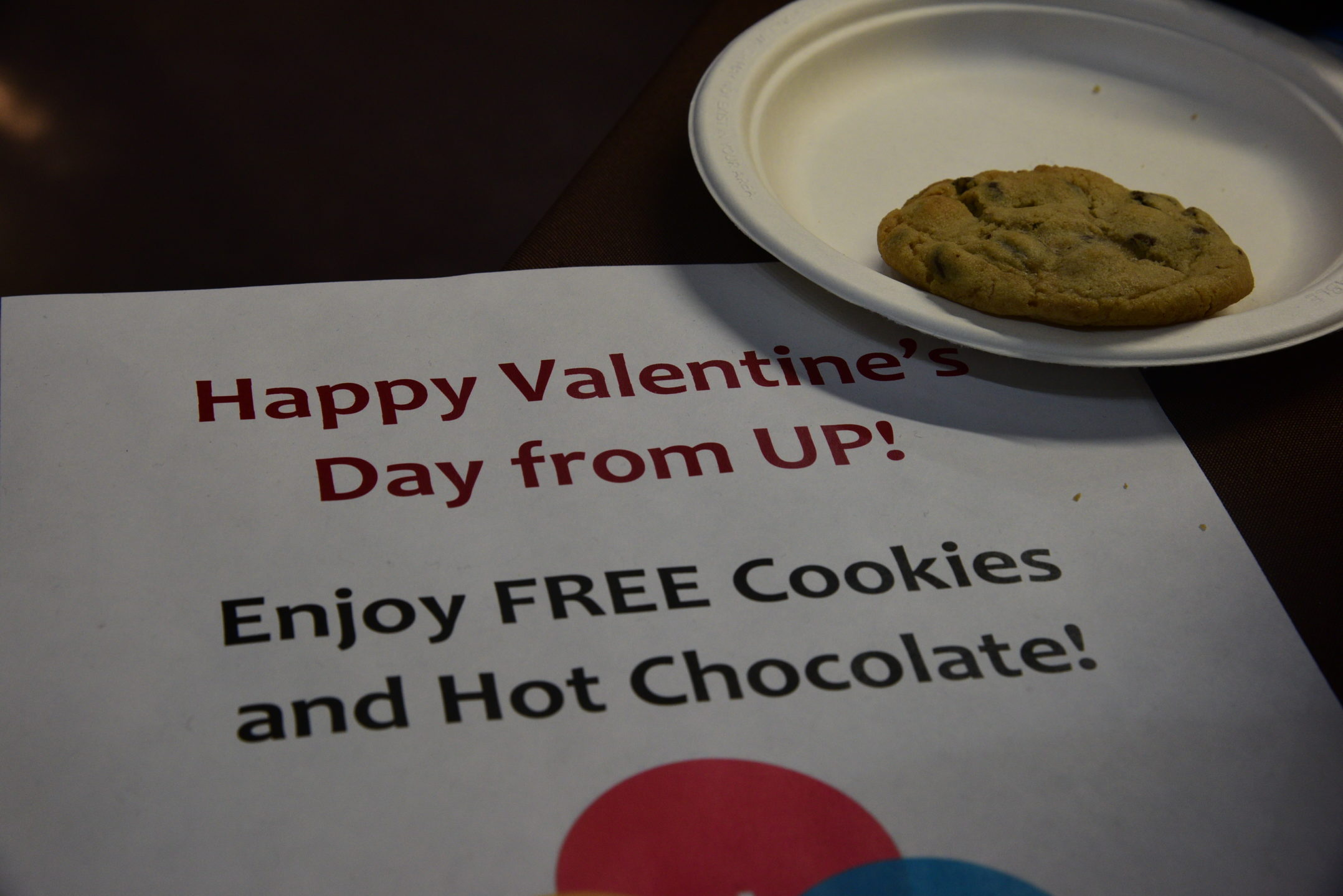 University Productions  celebrated Valentine's Day by sharing free cookies and hot chocolate in the University Center. (Ashley Omoma/B&W Staff)