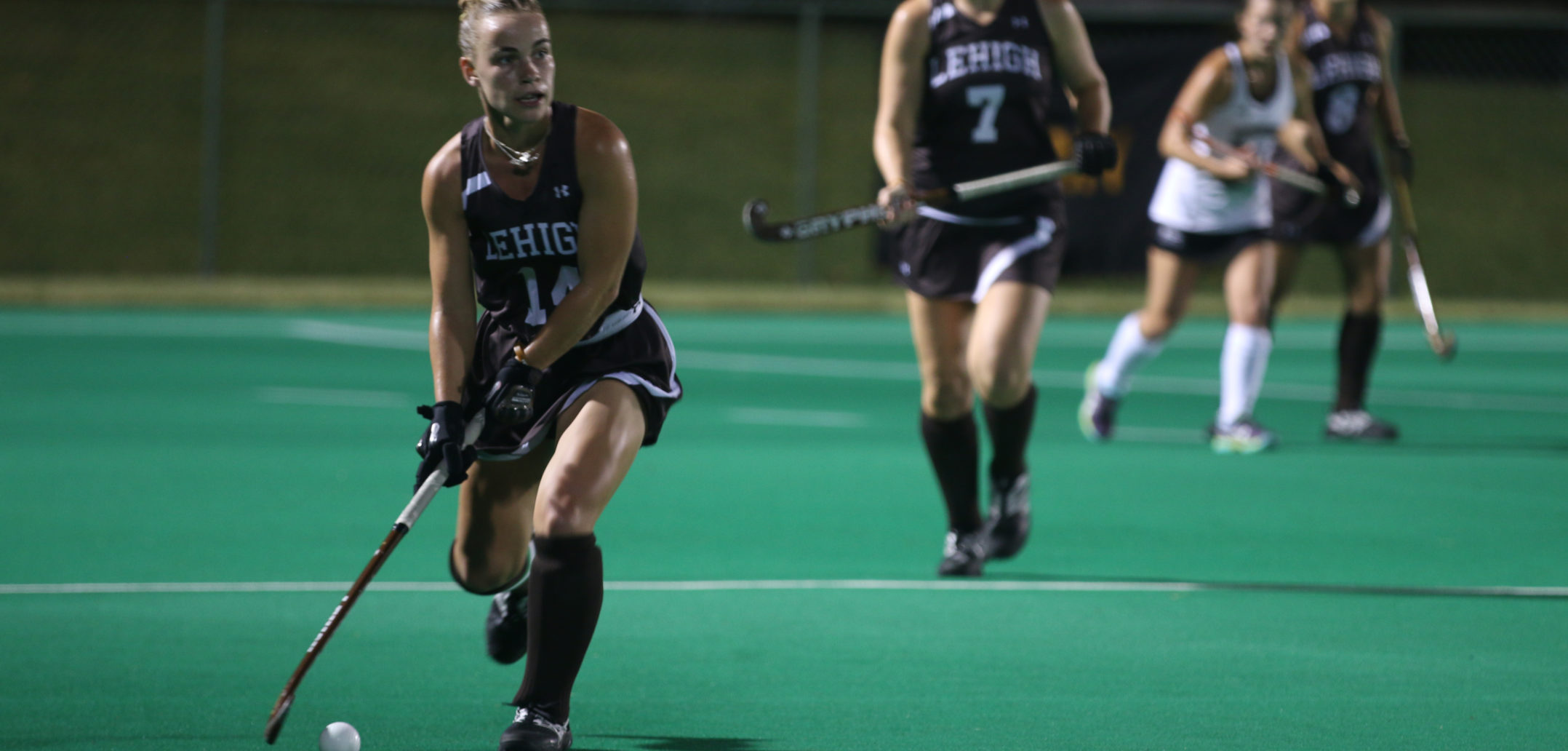 Sophomore captain midfielder Trish Reilly looks upfield to clear the ball out of Lehigh's zone after a Lafayette shot on Friday, Oct. 6th, 2017, at the Ulrich Sports Complex. Reilly had a very strong defensive showing. (Maddy Hite/B&W Staff)