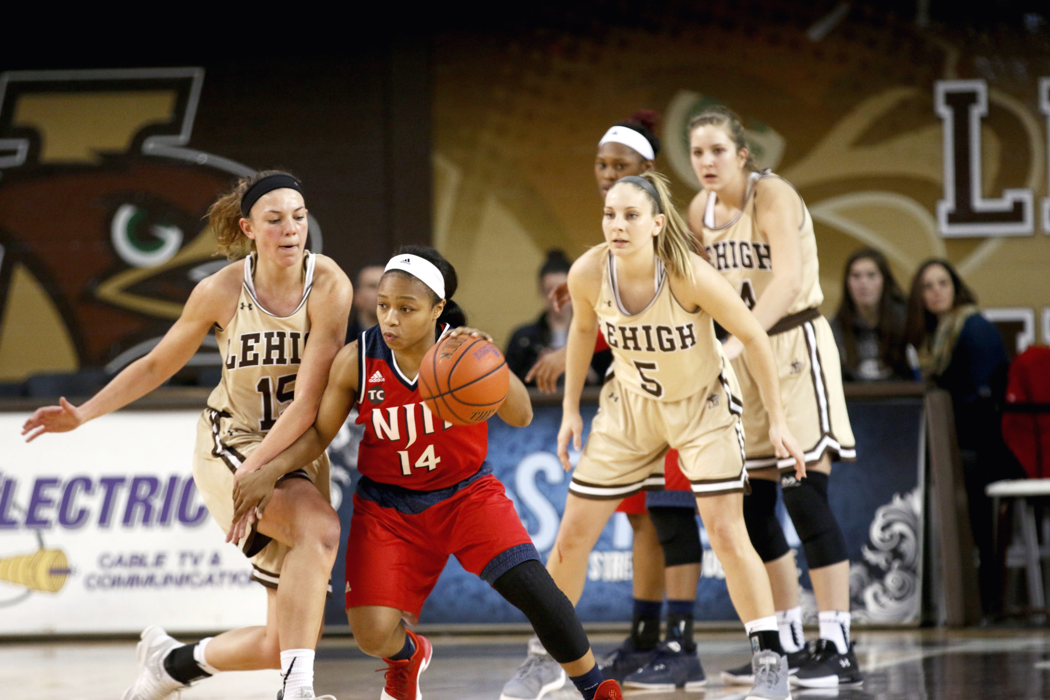 Sophomore guard Camryn Buhr applies the pressure to  NJIT defender at Stabler Arena on Dec. 6th, 2017. The Mountain Hawks defeated NJIT 64-50 (Michelle Wolff/ B&W Staff).